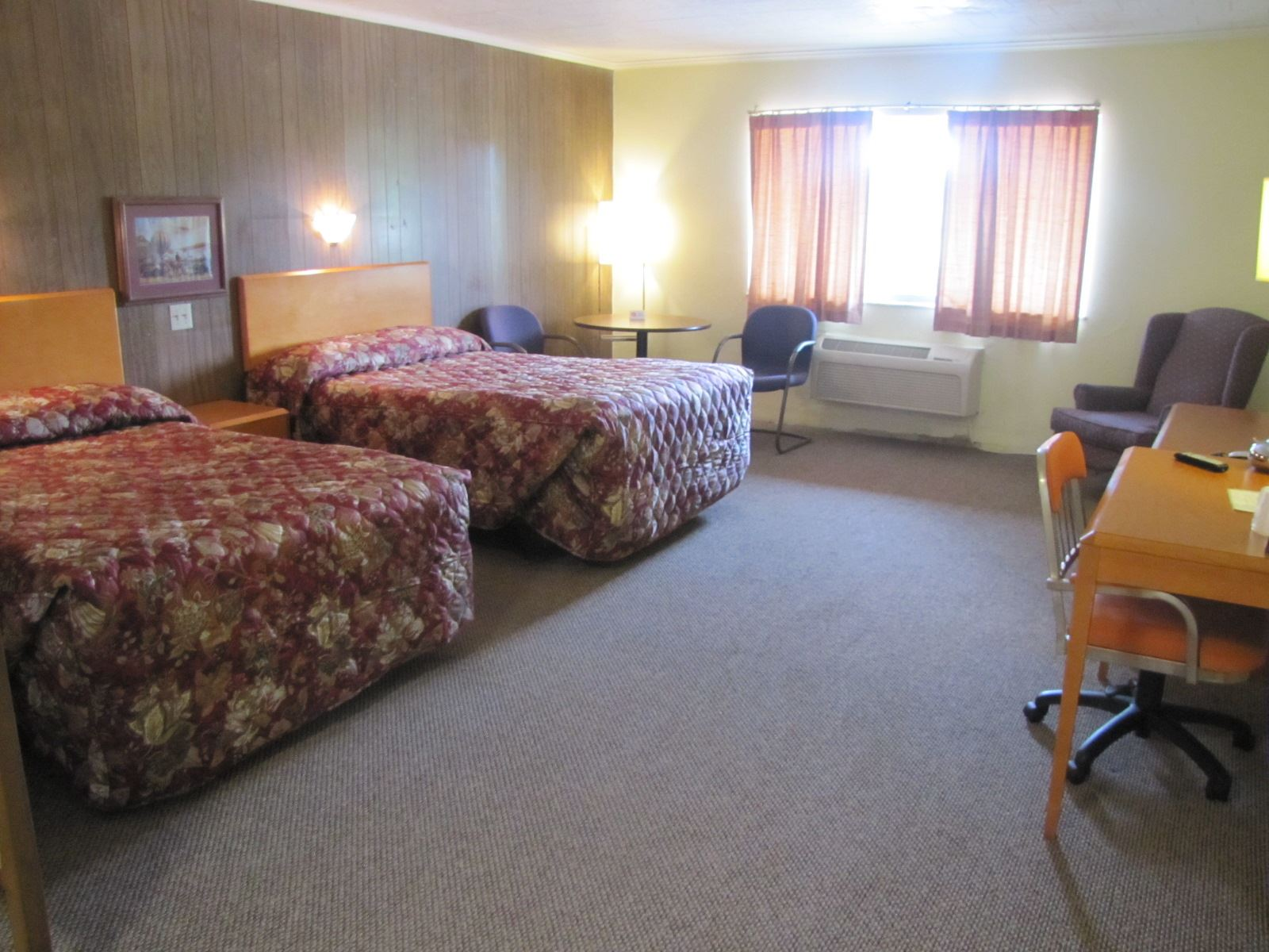 Lodging Accomodations Buck Whisperer Outfitters Ohio Deer Hunting Land